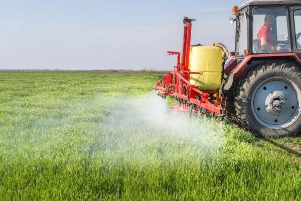 Aplicação de fertilizantes