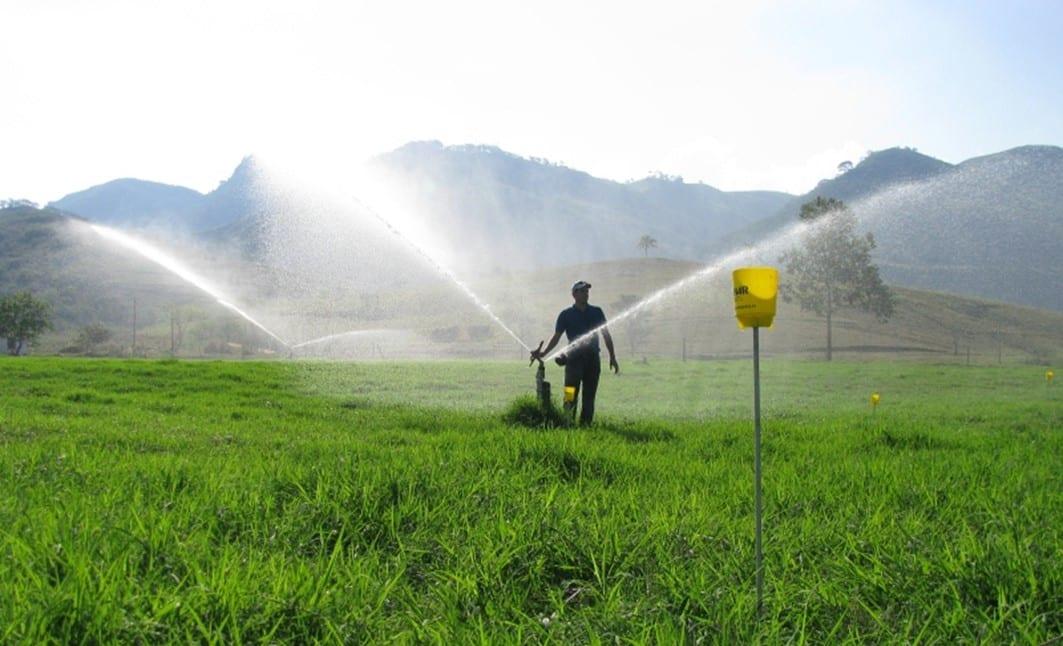 Irrigação de Pastagem